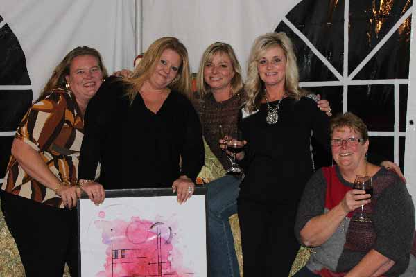 IPV-Manton-Wine-Tasting-Room-Holiday-Wine-Tasting-Event-Group-Photo
